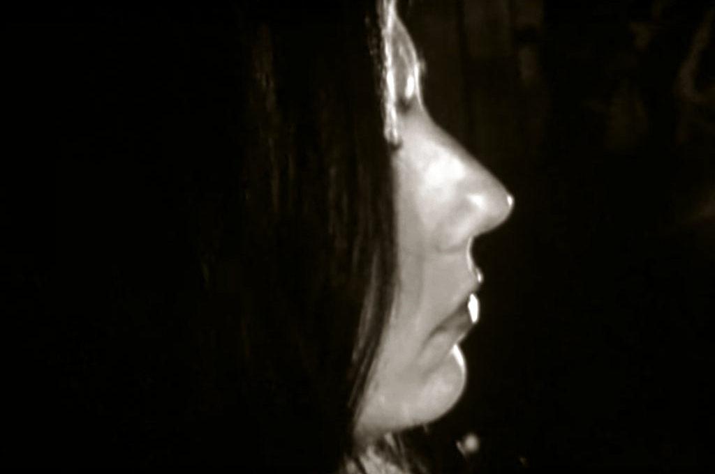 Julia Holter - Inside Aviary (Documentary)