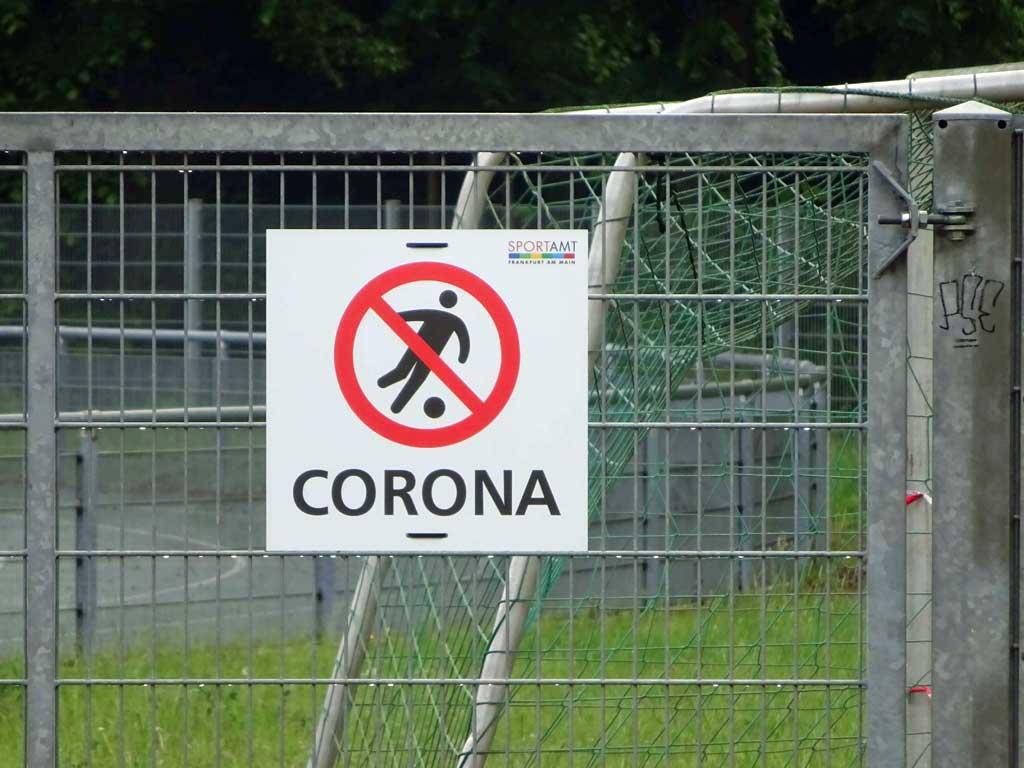 Kein Fussball in Frankfurt wegen Corona