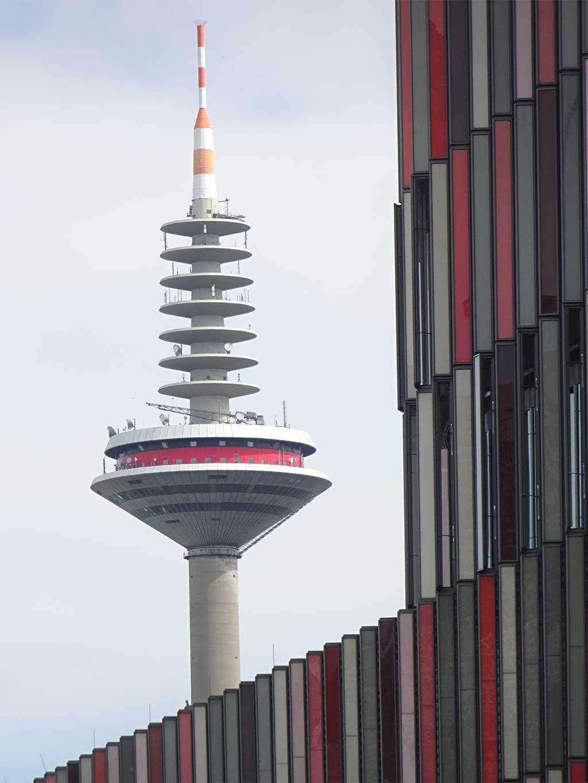 Stadtbilder Frankfurt - Europaturm und KfW Westarkade in Frankfurt
