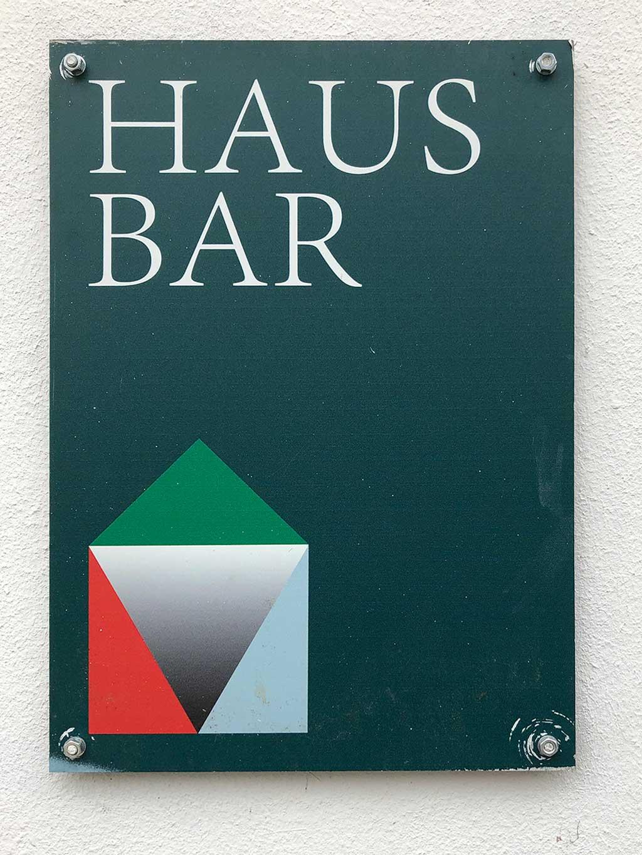 Typografie, Schilder und Logos in Frankfurt - Hausbar