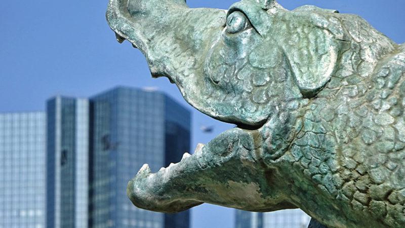 Figur des Märchenbrunnens/Schauspielbrunnens