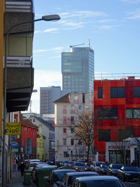 Mainpark-Café und City Tower Offenbach
