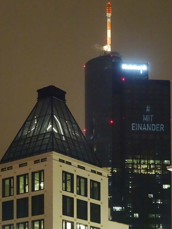 #Miteinander - Projektion am Maintower in Frankfurt