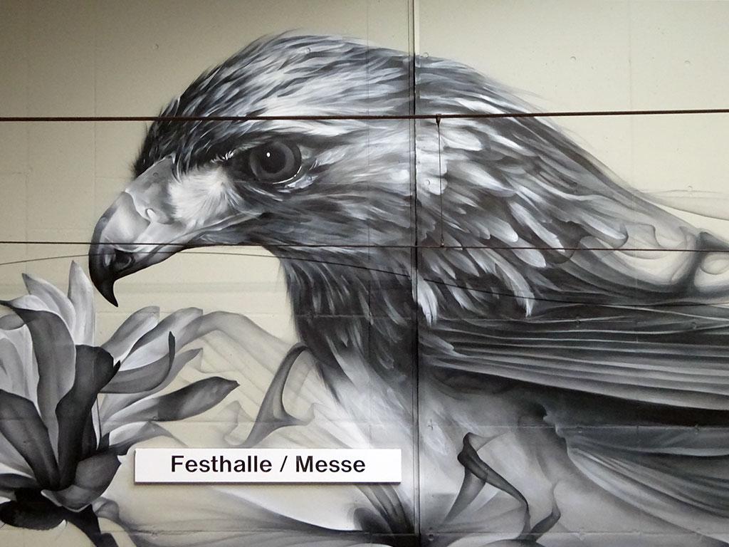 Mural Art an der U-Bahn-Station Festhalle / Messe