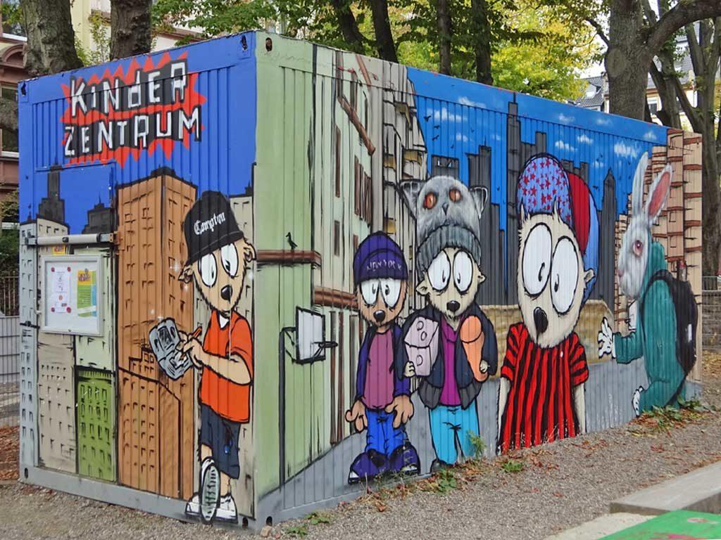 Naxos Atelier Container-Graffiti am Glauburg-Spielplatz