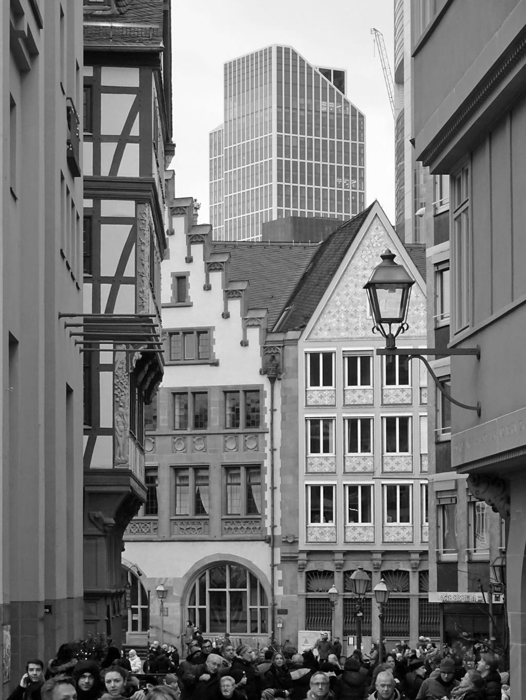 schwarz-weiss-fotografie frankfurt taunusturm