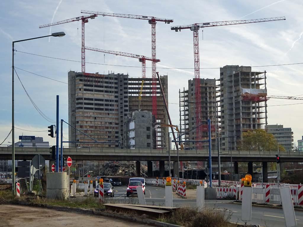 Abbrucharbeiten am Kaiserlei in Offenbach