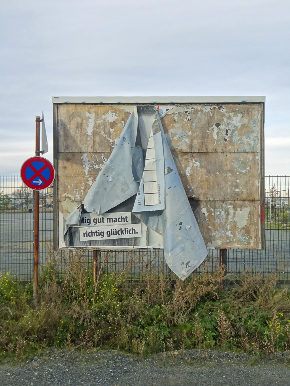 Plakatwand in Offenbach - Richtig gut macht glücklich
