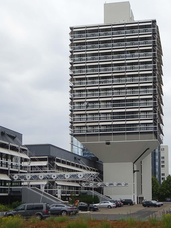 Olivetti Turm in Frankfurt Niederrad