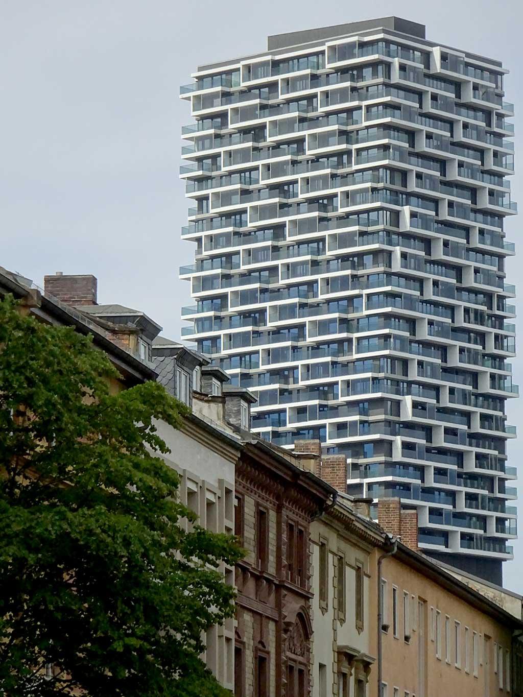 Stadtbilder Frankfurt - One Forty West Hochhaus in Frankfurt