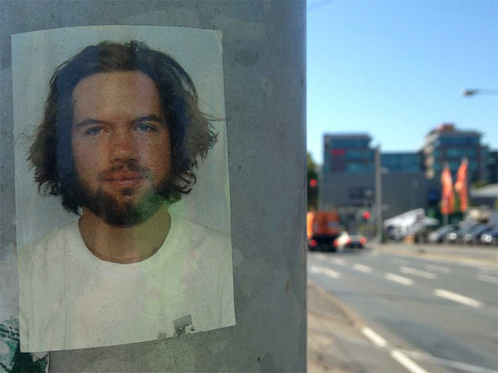 Portraitfotografie jetzt auch als Aufkleber in der Straße