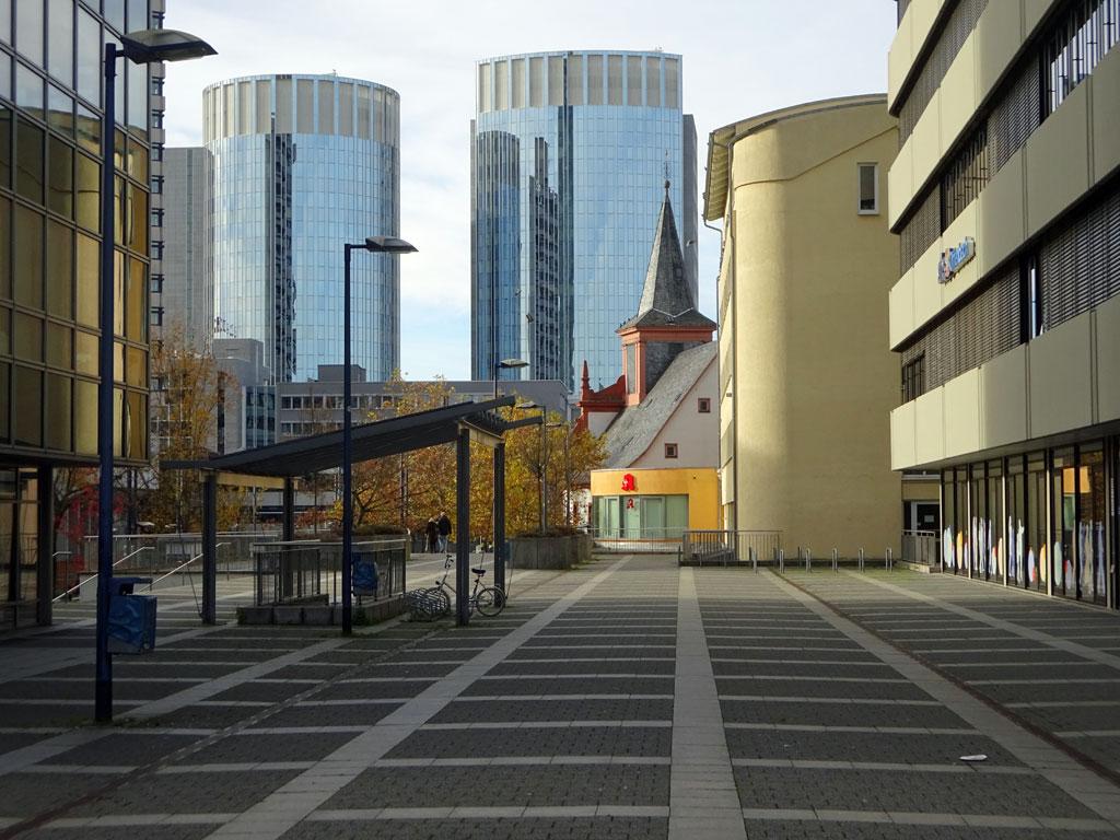 Platz vor der VHS Offenbach