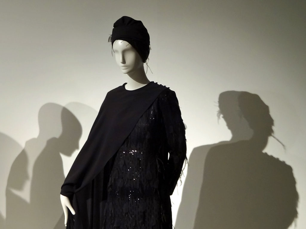 Contemporary Muslim Fashions im Museum Angewandte Kunst in Frankfurt