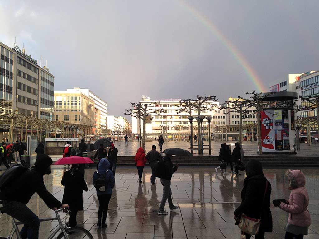 Regenbogen in Frankfurt auf der Zeil