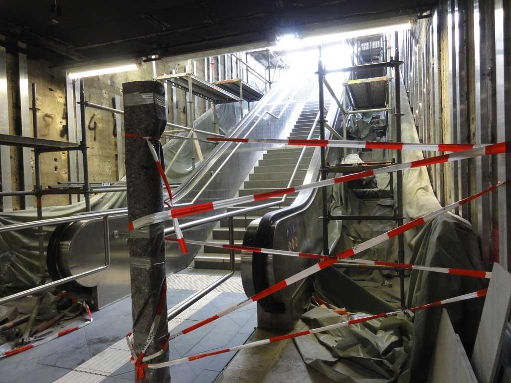 Reparatur von Rolltreppen an der Taunusanlage in Frankfurt