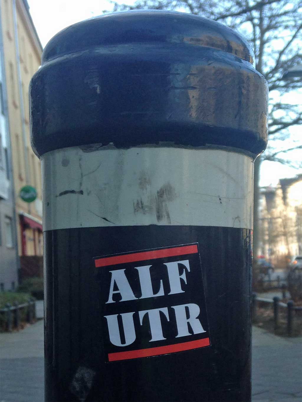 Aufkleber im RUN DMC Design - ALF UTR