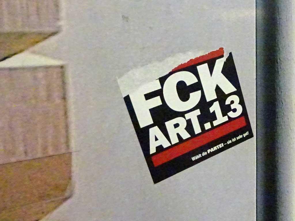 Aufkleber im RUN DMC Design - FCK ART 13