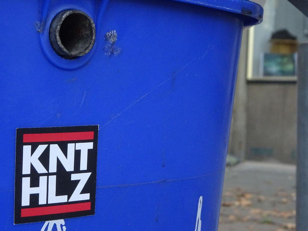 Aufkleber im RUN DMC Design - KNT HLZ
