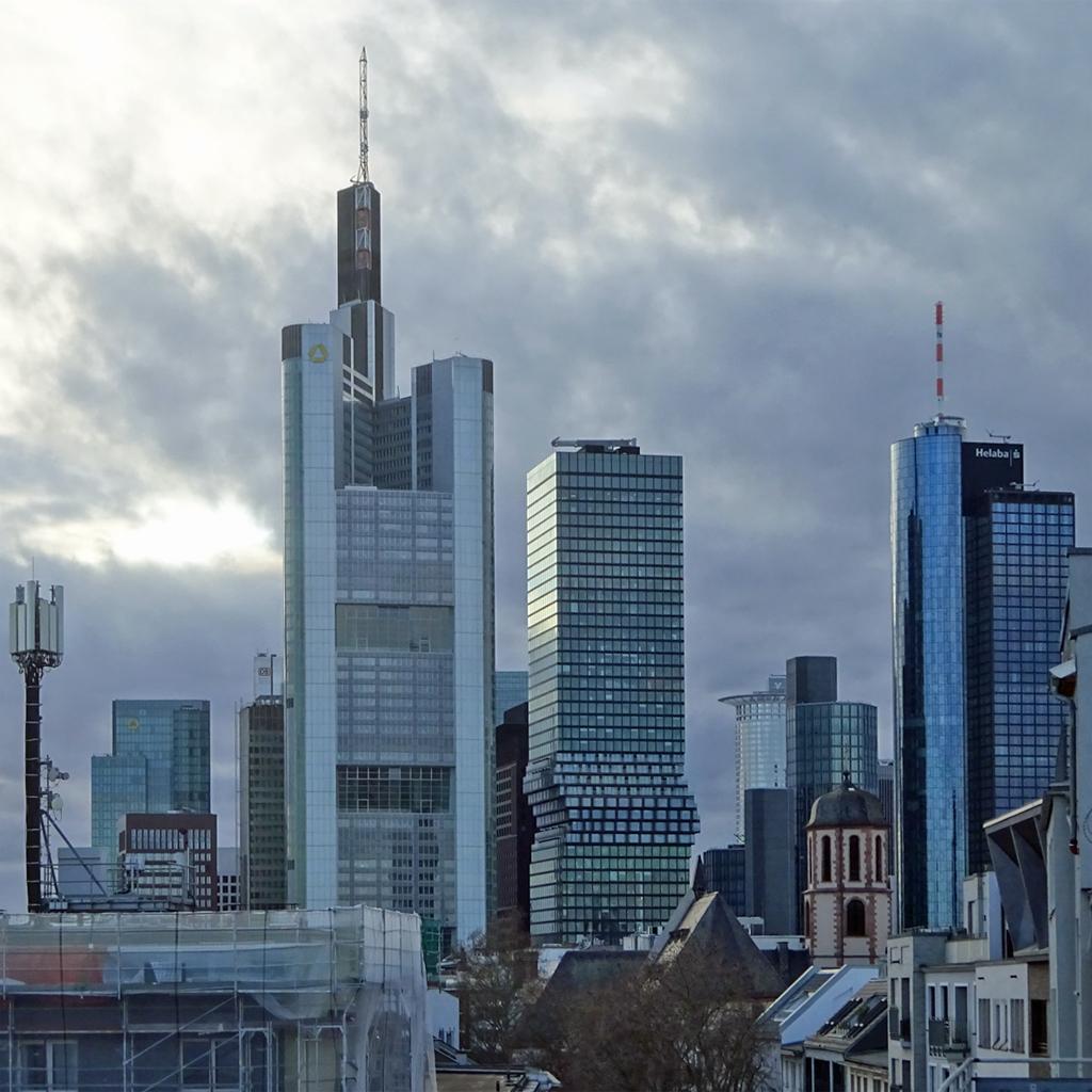 Commerzbankhochhaus, Omniturm und Maintower
