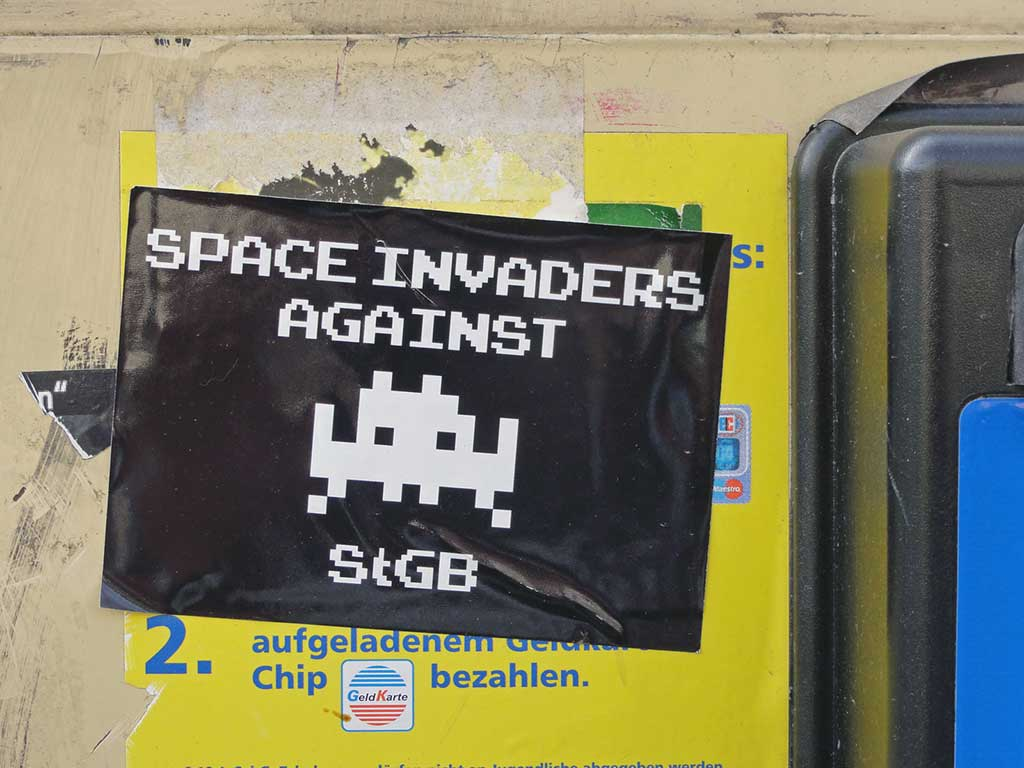 Space Invaders Against StGB