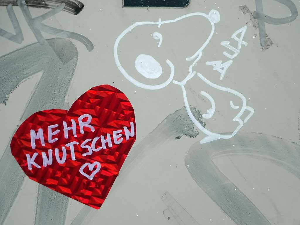 Sticker Art - Mehr Knutschen