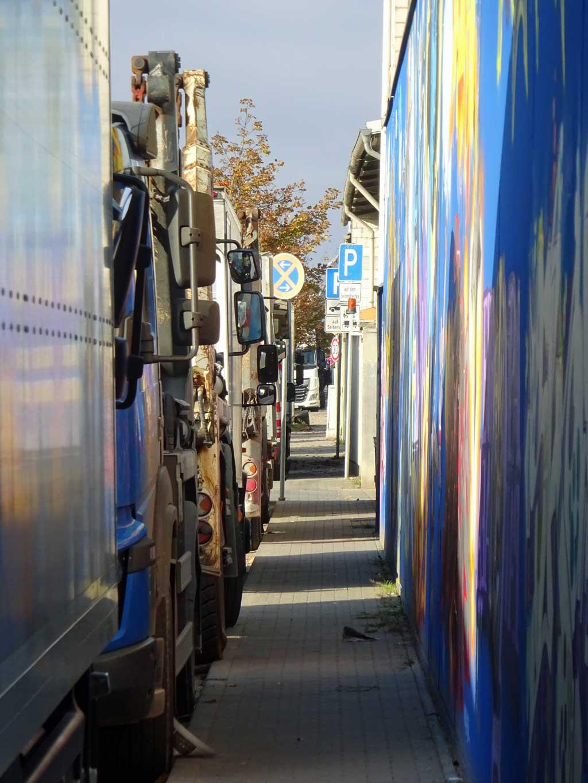 Streetart-Fotografie in Frankfurt - Das-Dreckige-Dutzend-Mural im Industriegebiet Ost