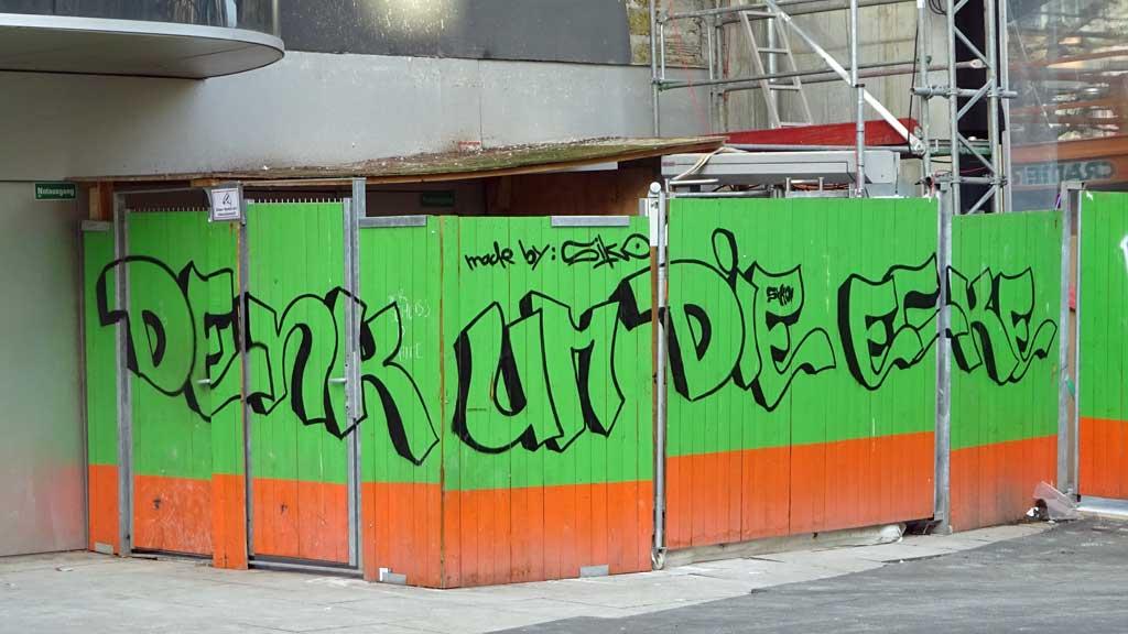 Streetart Frankfurt - Denk um die Ecke