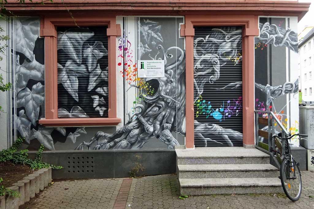 Streetart-Fotografie in Frankfurt - Honsar-Mural am Merianplatz
