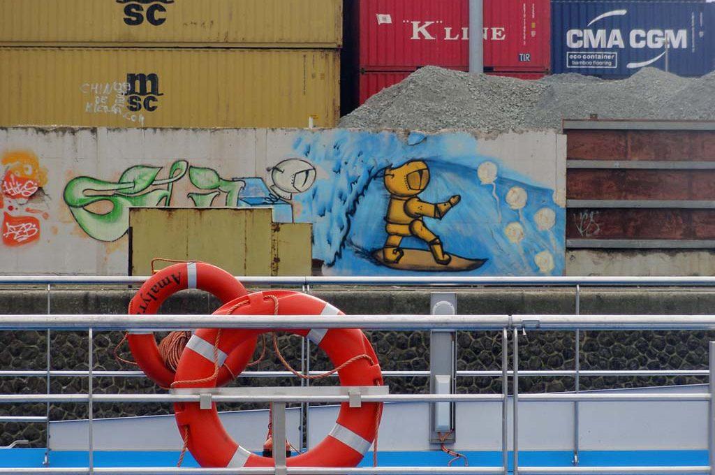 Streetart in Frankfurt mit dem Astronauten