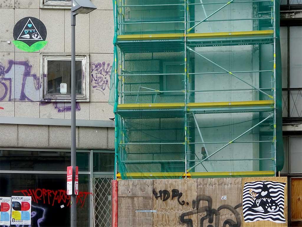 Thierry Jaspart Paste-up-Streetart in Frankfurt