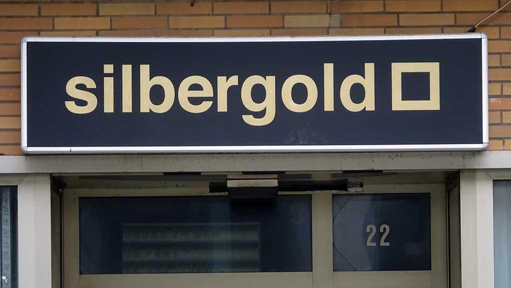 Typografie in Frankfurt - Silbergold