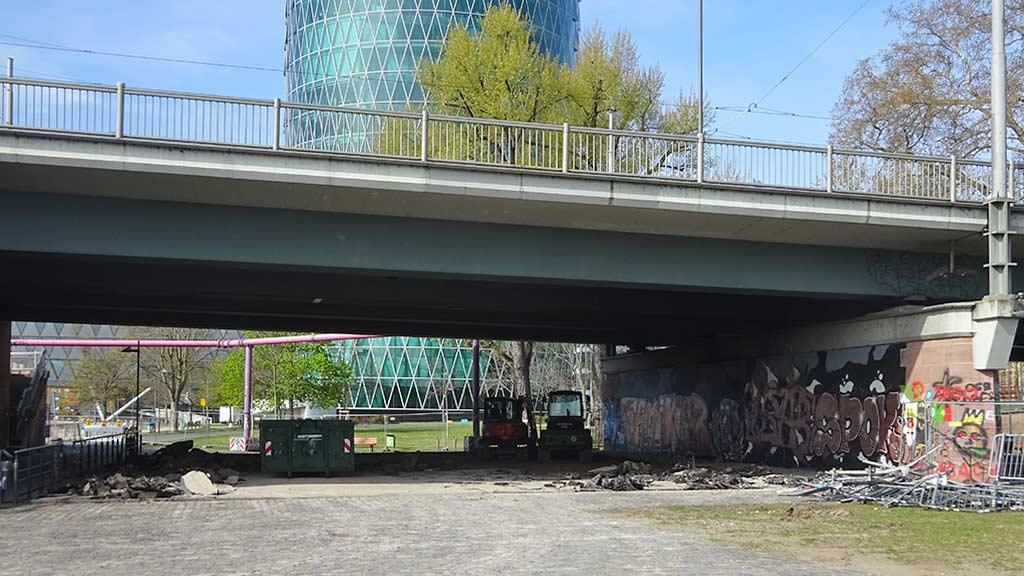 Umgestaltung der Skateanlage an der Friedensbrücke in Frankfurt am Main