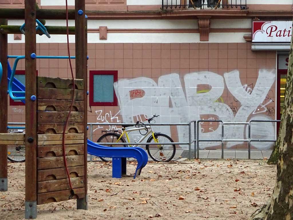 Unfertige Graffiti
