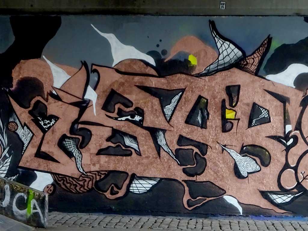 Urban Art am Skatepark an der Friedensbrücke in Frankfurt am Main