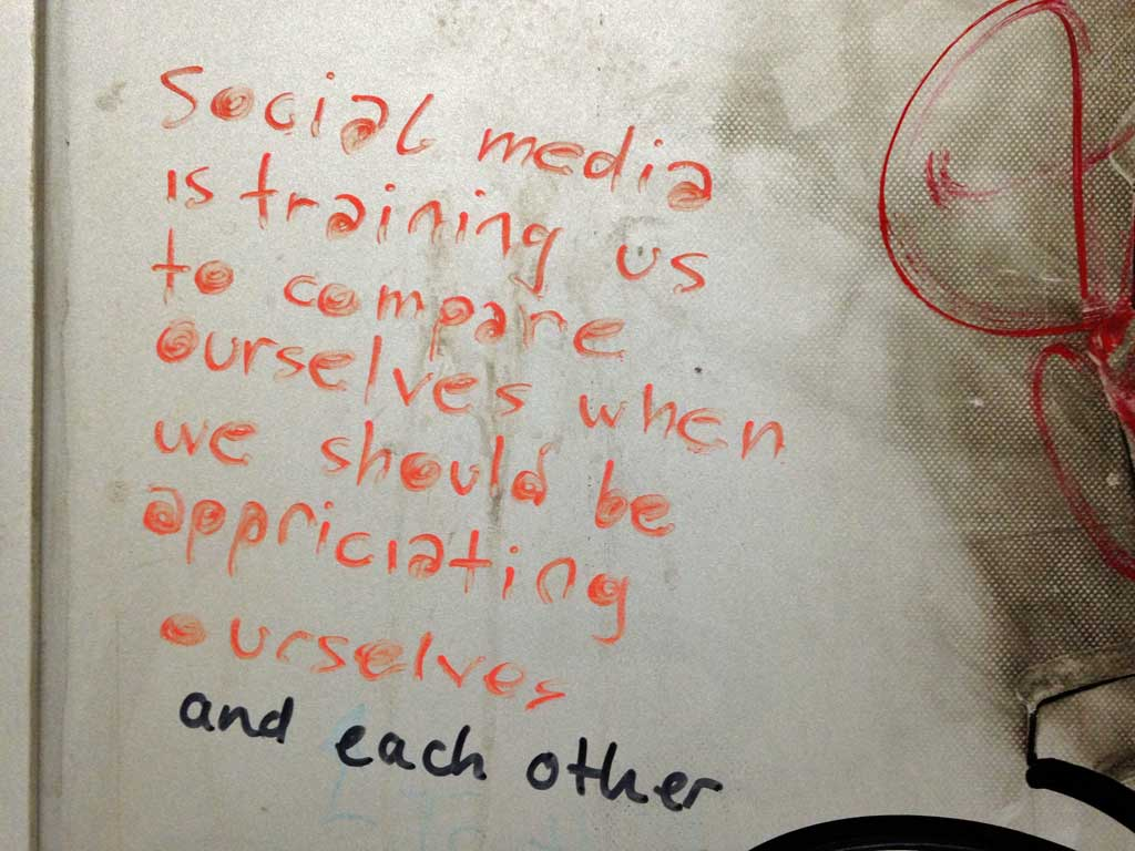 Social Media is training us to compare ourelves