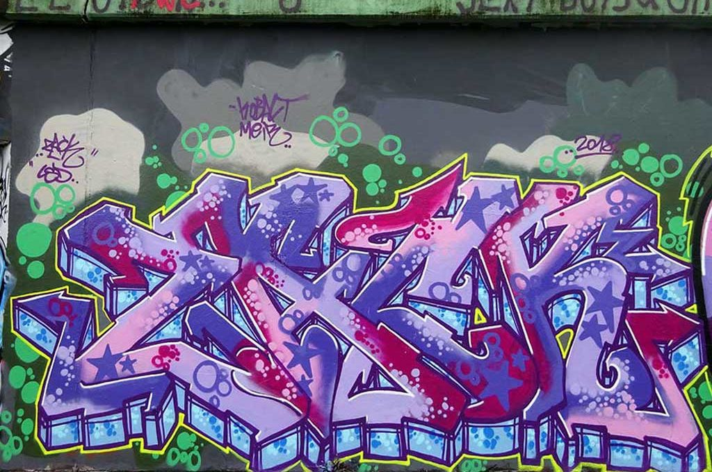 Graffiti von ZACK an der Hall of Fame in Frankfurt