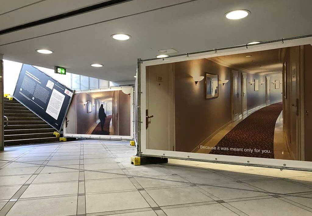 Zwischenhalt Ledermuseum - Ausstellung im öfentlichen Raum
